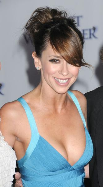 jennifer love hewitt cleavage Jennifer Love Hewitts Hot Again