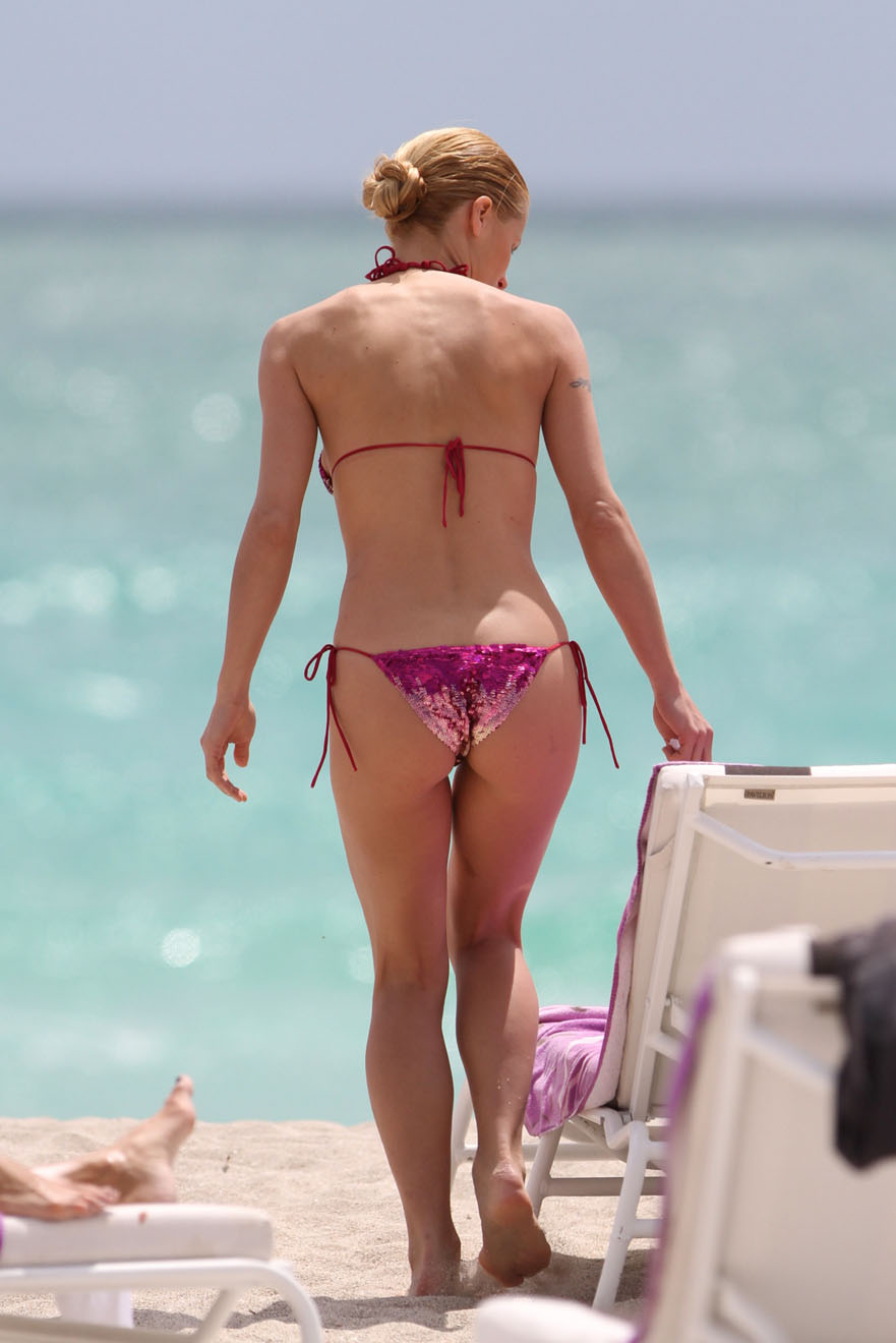 michelle hunziker bathing suit thong