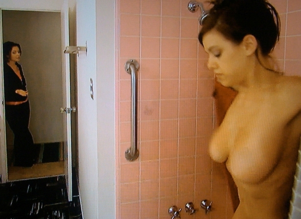 pretty wild tess taylor tits in the shower