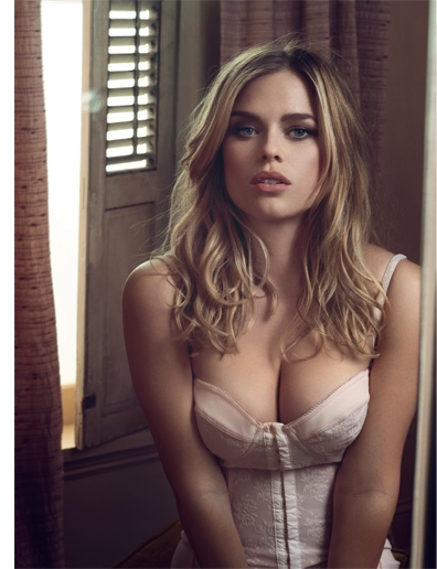 alice eve nice cleavage