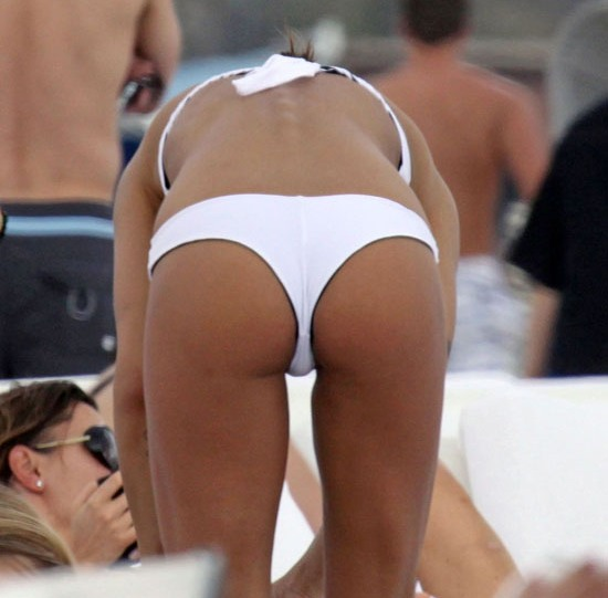 george clooney girl bending over ass bikini