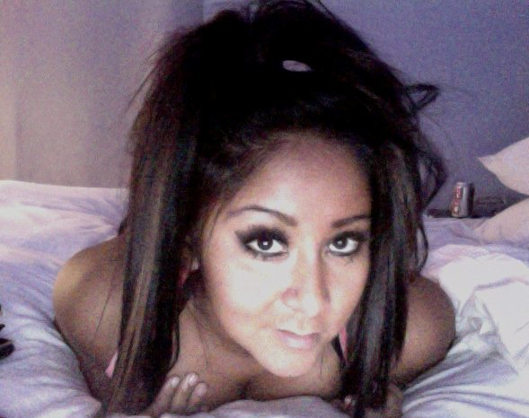 snooki topless