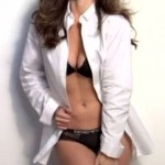 minka kelly cleavage 150x150 Minka Kelly Esquire Outtakes Will Make You Take Out The Jergens!