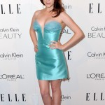 anna kendrick low cut dress
