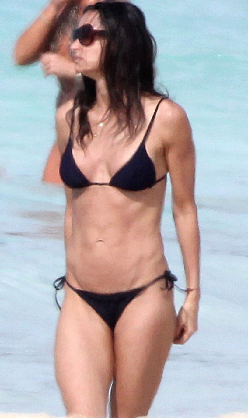 demi moore vagina swimsuit