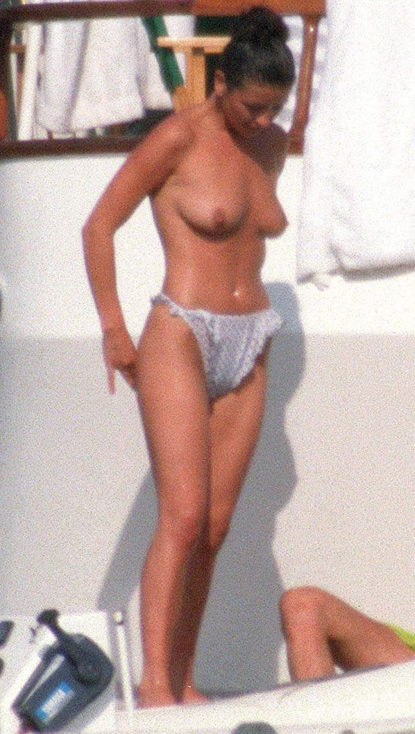 Zeta Jones Nude Video 9