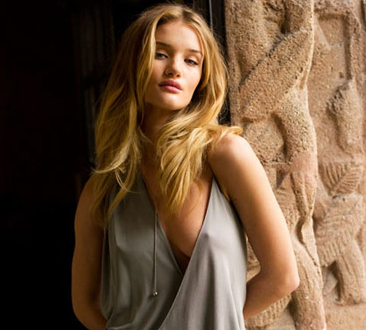 rosie huntington whiteley nipples
