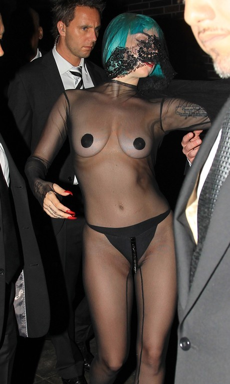 lady gaga vagina slip She Must Show Her Nips, Cleavage And Ass, Lady Gaga Was Born This Way