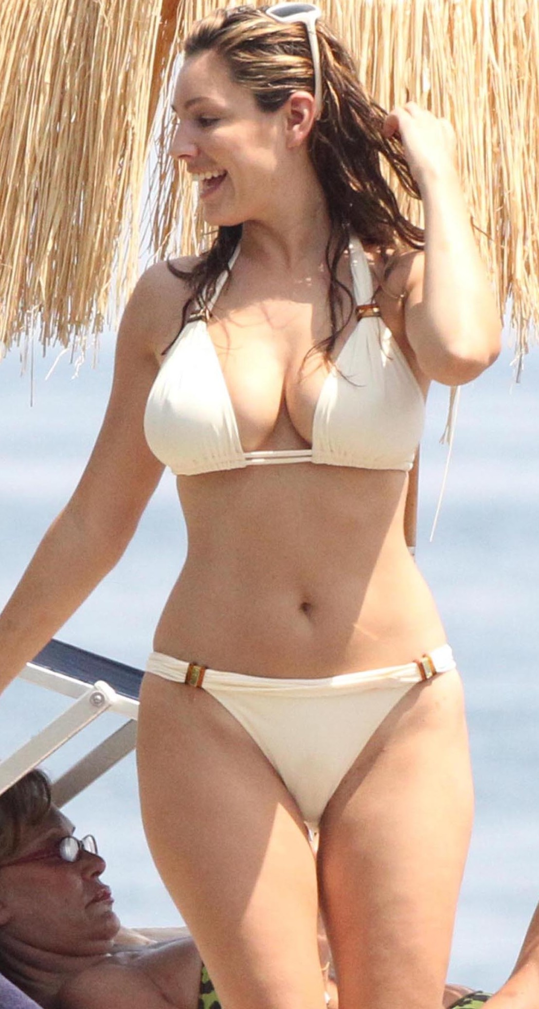 Absolutely Kelly brook camel toe precisely does