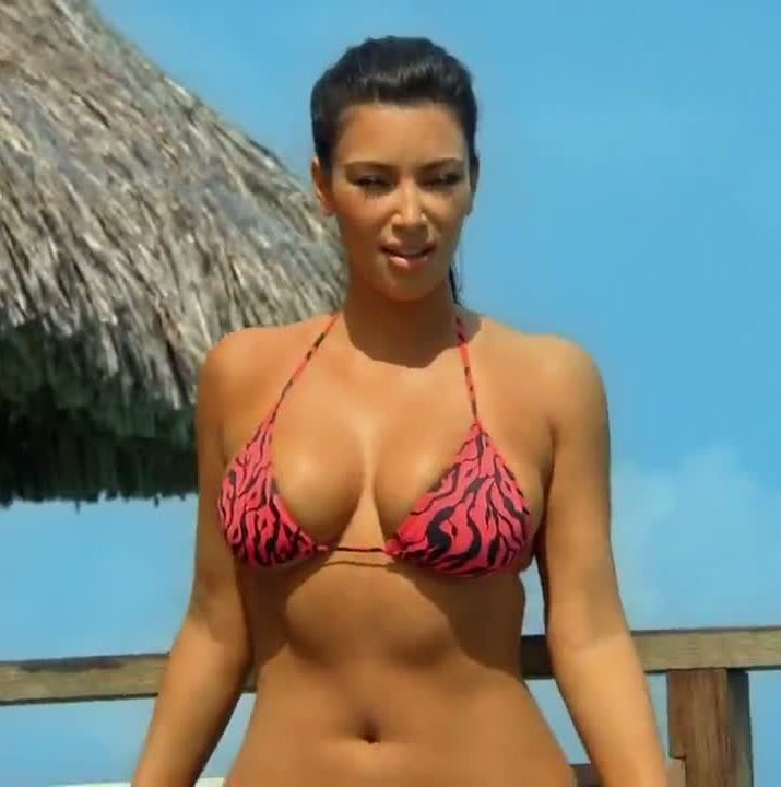 kim kardashian bikini tits and ass from her show