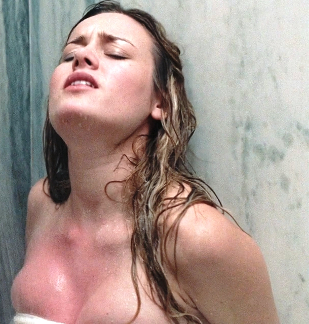 Brie Larson tits naked The U.S. Of Taras Brie Larson In A Towel Gets Semi Naked & Shows A Little Nip