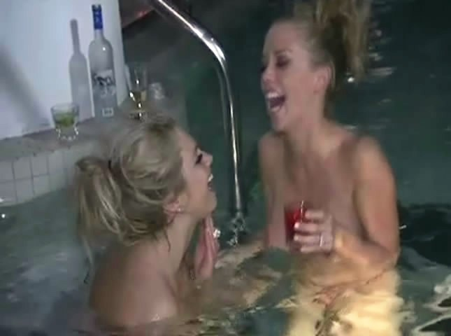 kendra wilKINSON NAKED IN THE POOL WITH FRIENDS Kendra Wilkinson Topless & Bottomless With Friends Naked In A Rooftop Jacuzzi