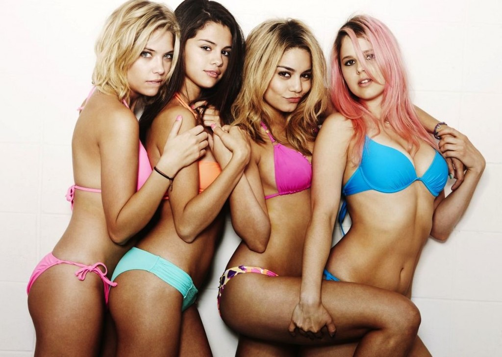 spring breakers movie girls in bikinis