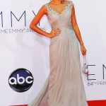 """Actress Sarah Hyland, from the comedy series """"Modern Family,"""" arrives at the 64th Primetime Emmy Awards in Los Angeles, September 23, 2012.   REUTERS/Mario Anzuoni (UNITED STATES  - Tags: ENTERTAINMENT)  (EMMYS-ARRIVALS)"""