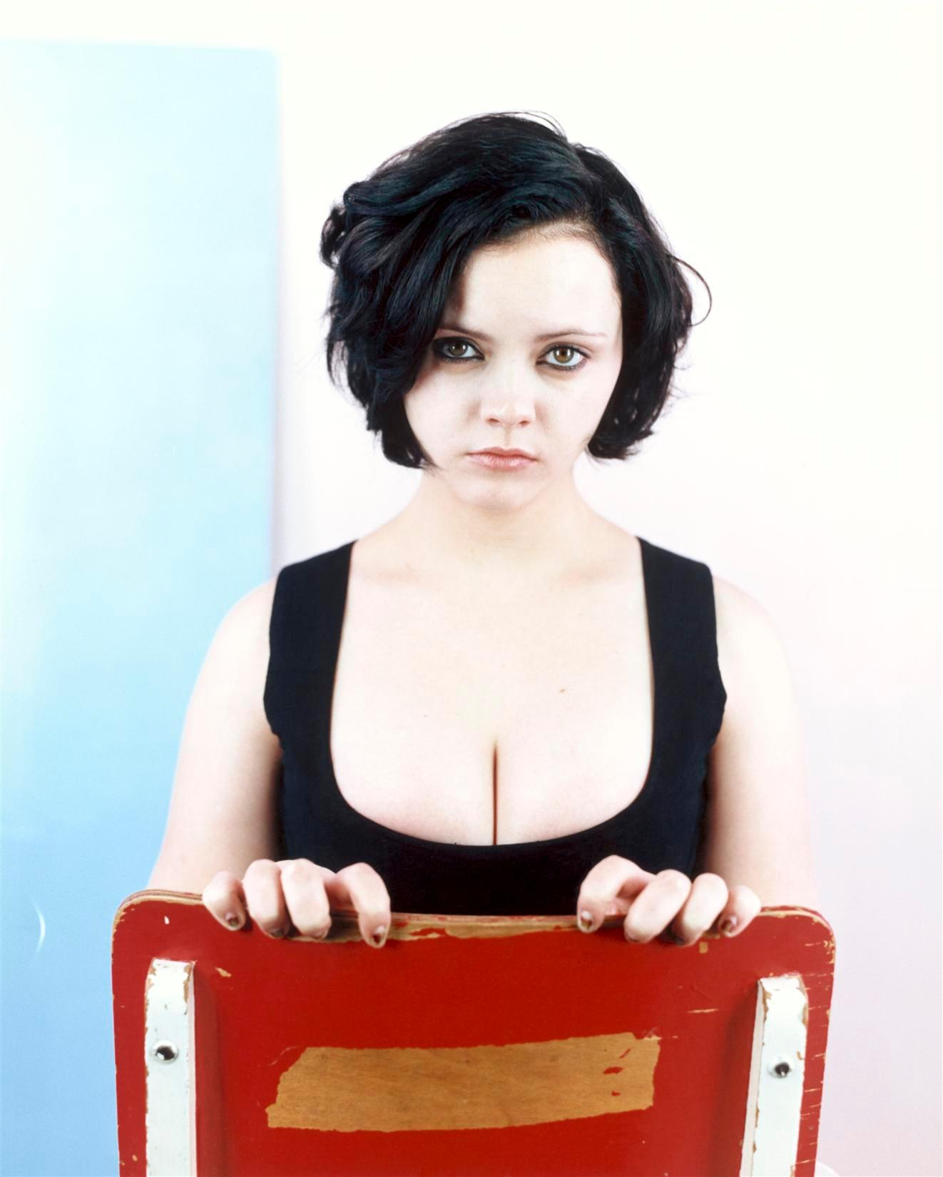 christina ricci tits in 1998 Remember When Christina Riccis Tits Were THIS BIG????