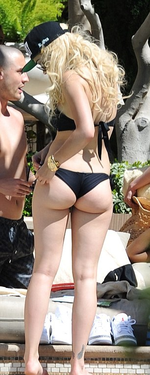 rita ora hot ass