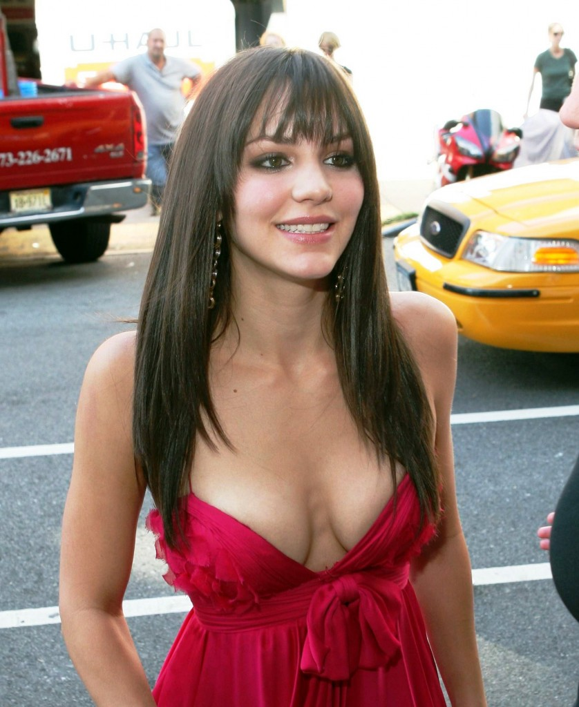 Katharine McPhee big cleavage