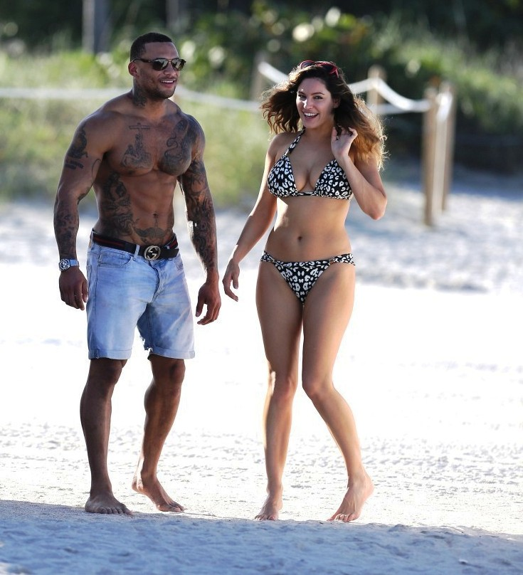 Kelly Brook TATTOOED BOYFRIEND