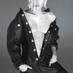 MILEY CYRUS NAKED BREASTS W MAGAZINE