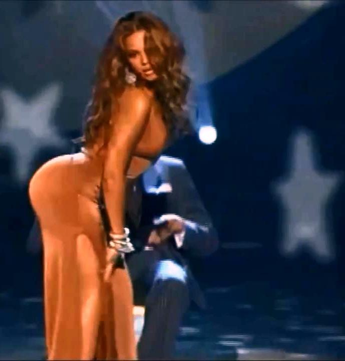 Beyonce ASS IN DRESS The Beyonce Ass & Upskirt Show Compilation