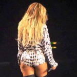 beyonce's ass in concert (6)