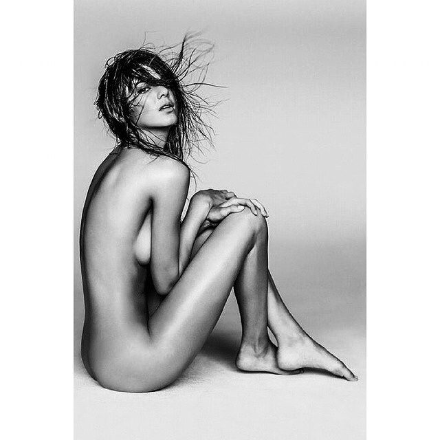 kendall jenner fully nude