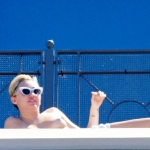 miley cyrus nude sunbathing topless (42)