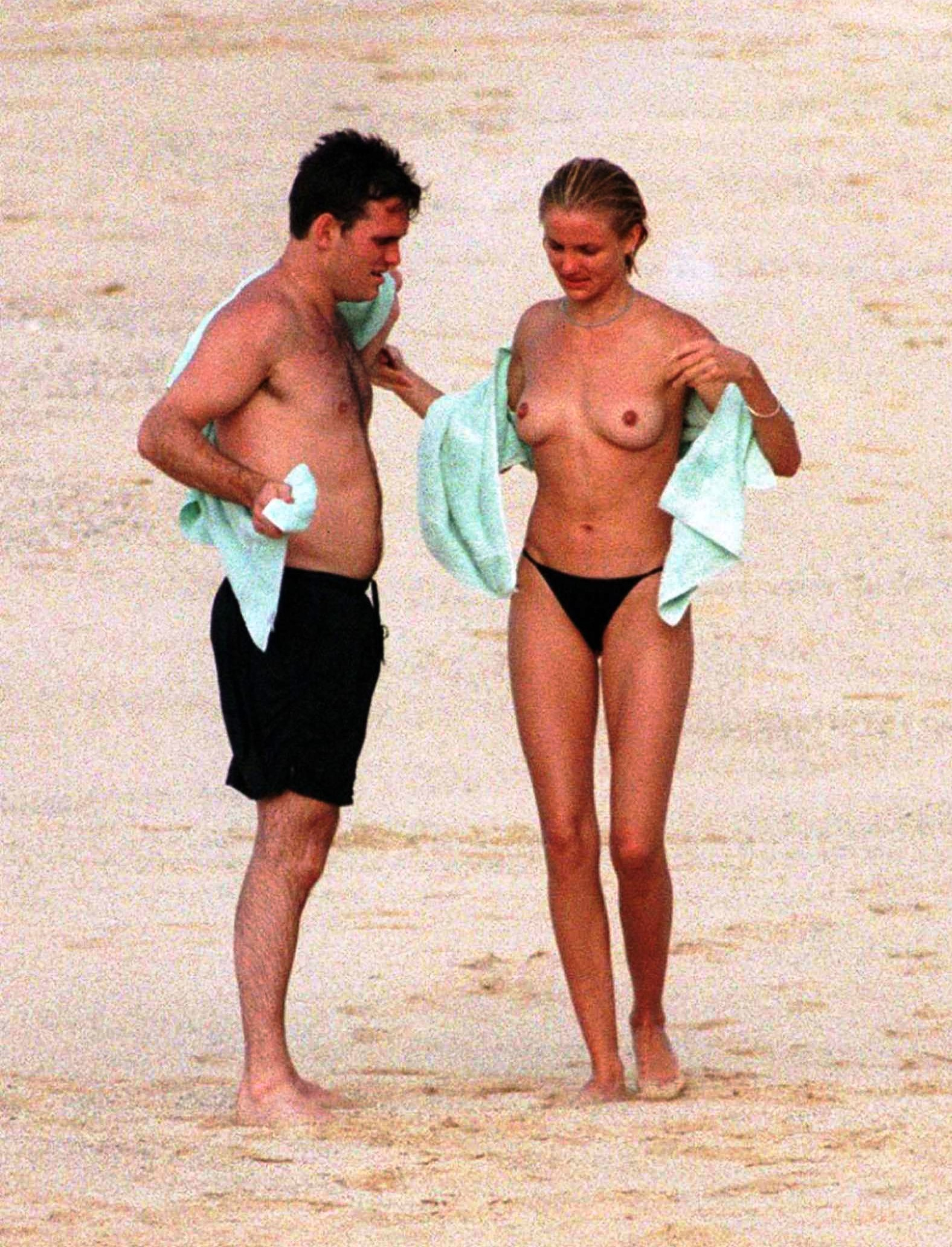 cameron diaz young naked (9)